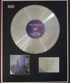 OASIS - CD Platinum Disc - STANDING ON THE SHOULDER OF GIANTS