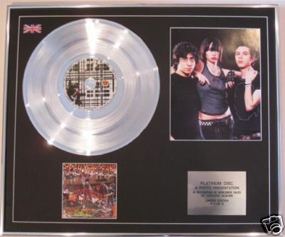 YEAH YEAH YEAHS   CD Platinum Disc+Photo- FEVER TO TELL