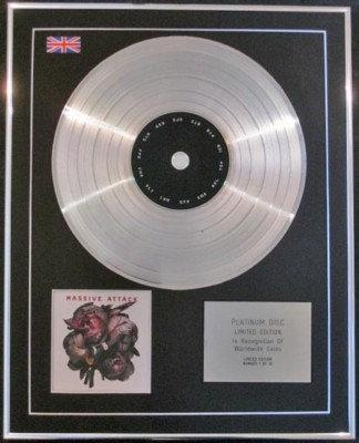 MASSIVE ATTACK - CD Platinum Disc- COLLECTED