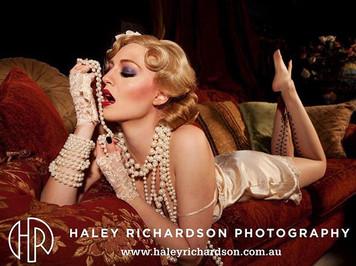 Glamour boudoir makeup and hair