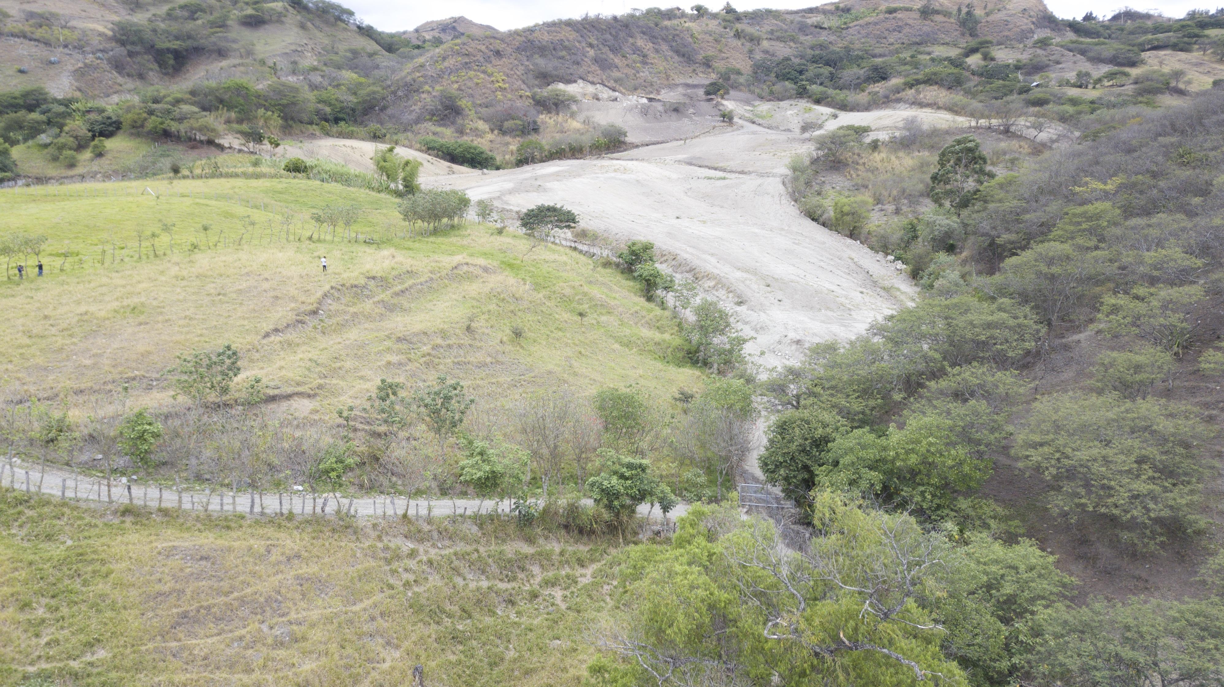 SUR ECUADOR INMOBILIARIA & CONSTRUCTORA
