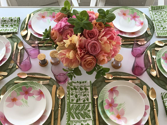 In Full Bloom Dinnerware- Everyday Elegance