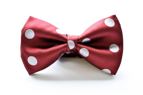 Large Dot Bow Tie Red