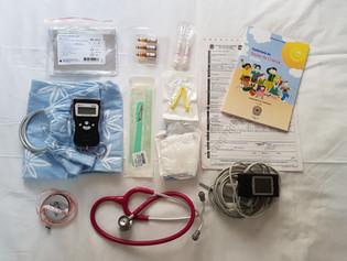 Quais materiais as parteiras levam em um parto em casa?