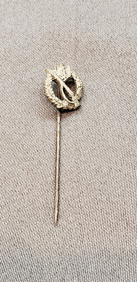 WWII GERMAN INFANTRY ASSAULT BADGE STICK PIN