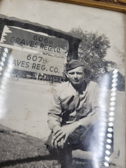 WWII US ARMY GRAVES REGISTRATION PHOTO