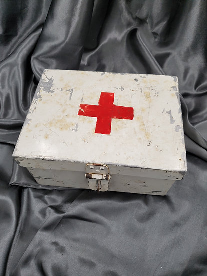 RED CROSS FIRST AID BOX