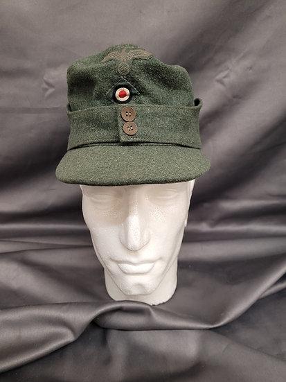 WWII GERMAN  NON STANDARD M43 VISOR CAP