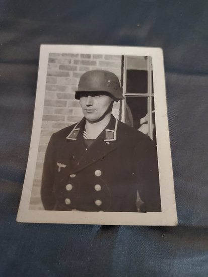 WWII GERMAN PHOTOGRAPH