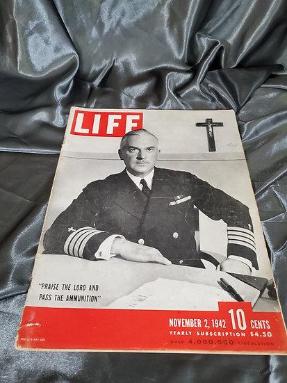 WWII LIFE MAGAZINE PRAISE THE LORD NOVEMBER 2 1942
