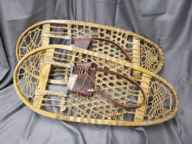 WWII US ARMY SNOW SHOES
