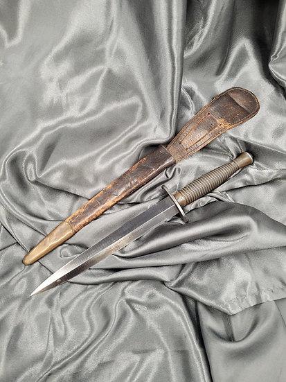 WWII BRITISH COMMANDO KNIFE