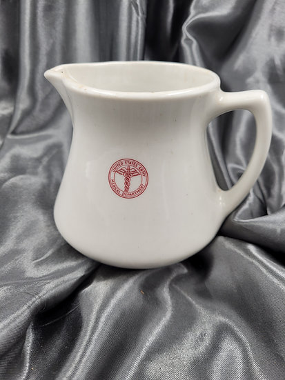 WWII US MEDICAL DEPARTMENT SMALL PITCHER
