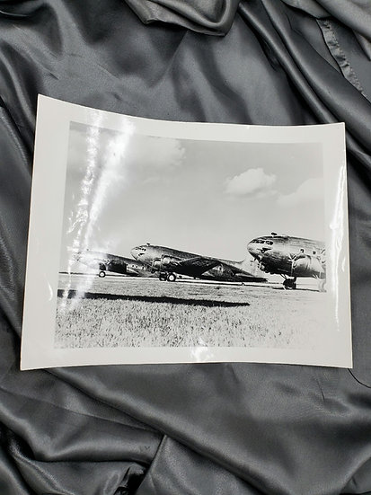 1950'S PHOTO OF MILITARY PLANES