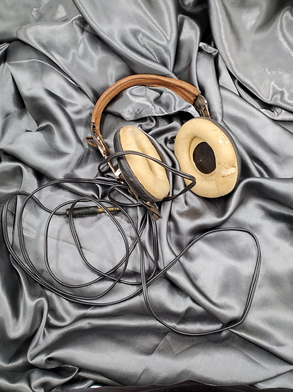 WWII US AN-B-H1 HEADSETS
