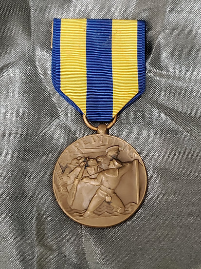 WWII US NAVY EXPEDITIONARY MEDAL