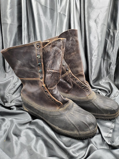 WWII US SHOEPAC BOOTS