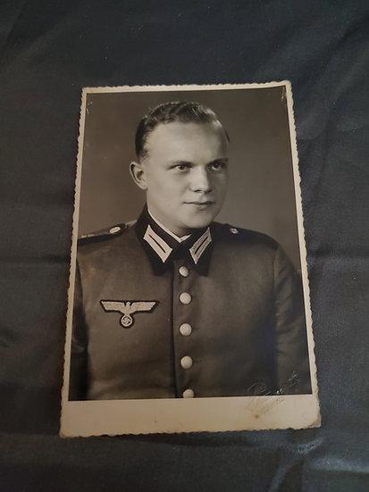 WWII GERMAN ARMY SOLDIER PORTRAIT