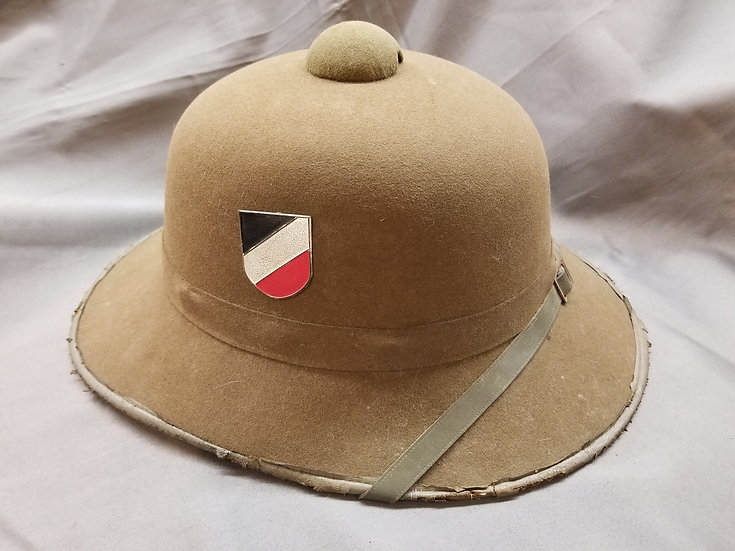 WWII GERMAN ARMY 2nd PATTERN PITH HELMET