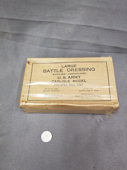 WWII LARGE BATTLE DRESSING