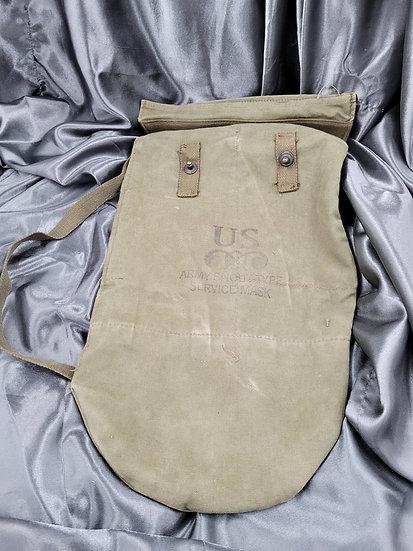 WWII SNOUT ASSAULT GAS MASK BAG