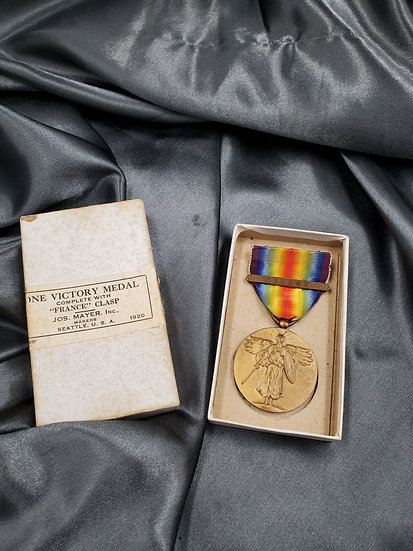 WWI US VICTORY MEDAL IN BOX