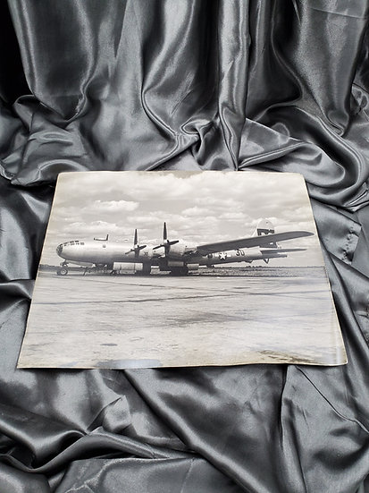 LARGE PHOTO OF 1950'S MILITARY PLANE