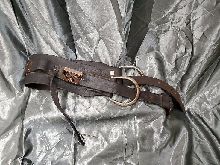 WWII US LINEMAN LEATHER BELT