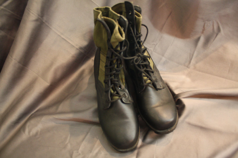 Jungle Boots Size 12R