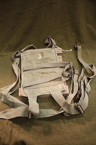 WWII/Korea Radio Back Pack with Suspenders ST-120/PR