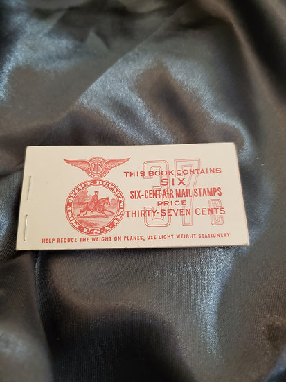 WWII POST OFFICE DEPARTMENT AIRMAIL STAMP BOOKLET