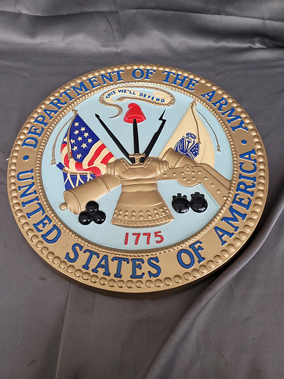 VINTAGE US ARMY WALL PLAQUE