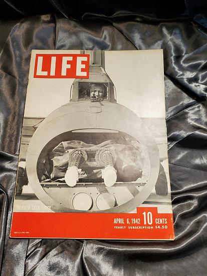 WWII LIFE MAGAZINE APRIL 6 1942