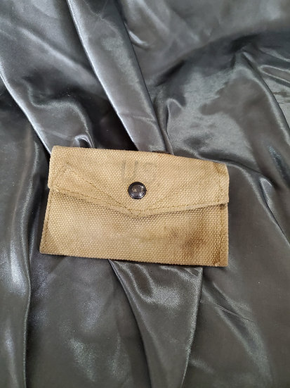 WWII US BRITISH MADE CARLISLE POUCH
