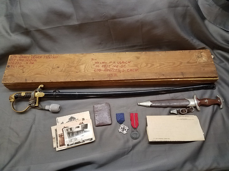 Veteran Grouping with Sword, Dagger and Capture Papers