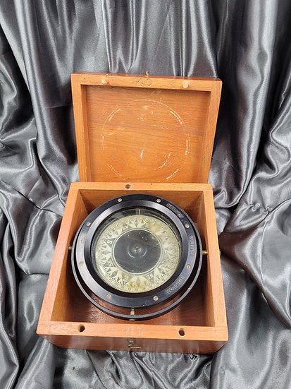 WWII US NAVY PT BOAT TYPE COMPASS