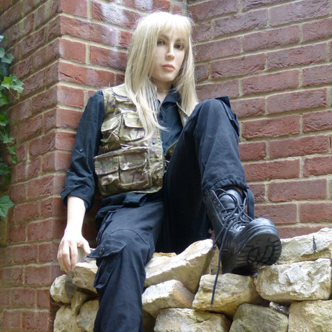 Female stunt dummy/Female Action Manikin - replacing 'stunt dummies'