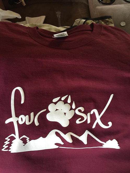 Four Paw Six Mountain White T-shirt