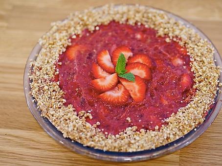 Healthy + Delicious No Bake Strawberry Pie (Vegan)