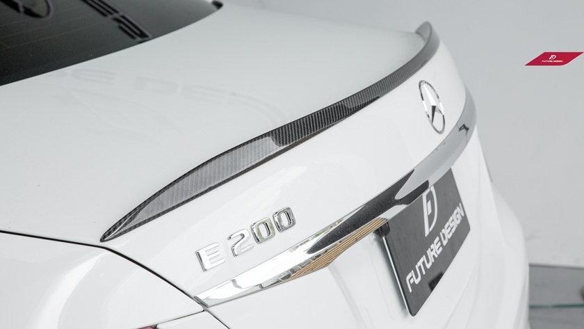 Benz W213 E-Class Carbon Fiber Spoiler - E63 Style