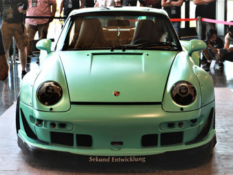 RWB Seattle #5 Build at LeMay Auto Museum - Day 2