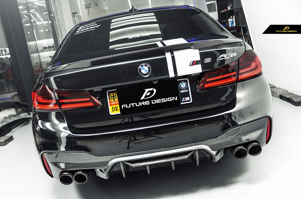 BMW G30 5-series 540i M550i 530e with f90 m5 conversion style rear carbon fiber diffuser wit quad 4 inch exhaust tips