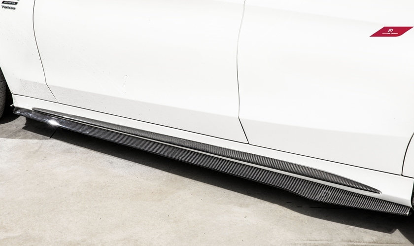 W205 C-Class Sedan Future Design Carbon Fiber RE Side Skirt Splitters similar to PSM mode rw jl