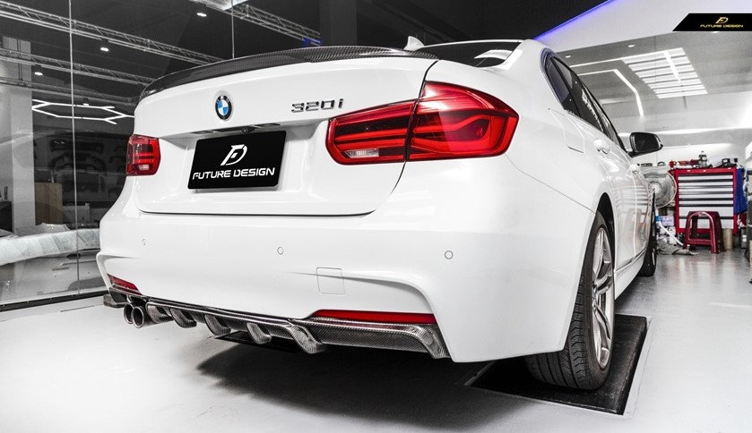 alpine white 330i 328i with carbon fiber m performance style rear diffuser