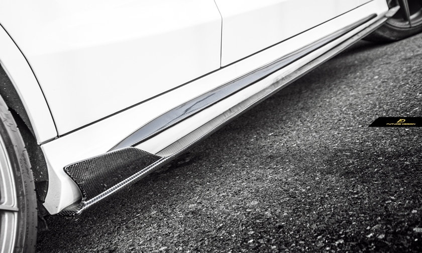 Carbon fiber aggressive side skirts extension splitters with tips on white W205 C63 C43 C400 C450 C300 similar to mode psm rw