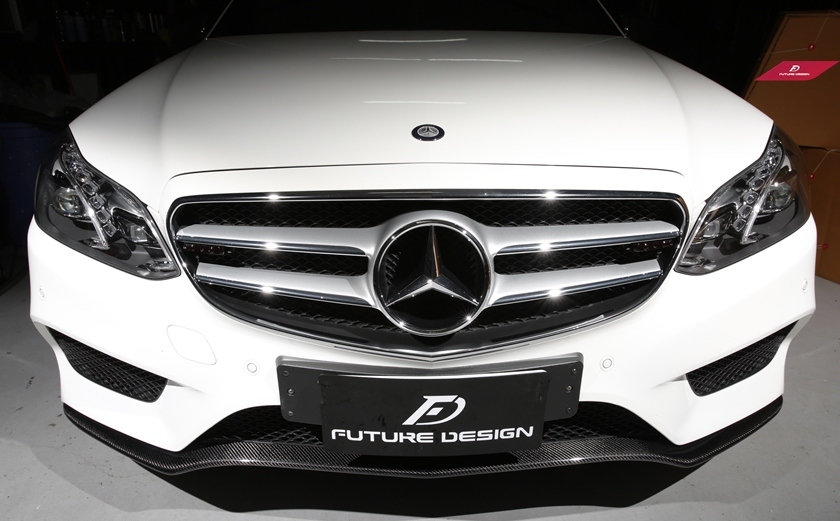 Benz W212 LCI Front Lower Lip Carbon Fiber Add On Cover