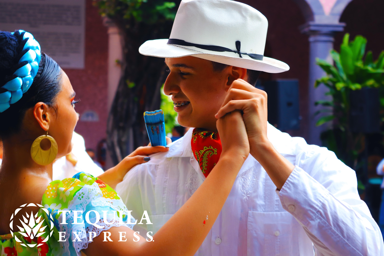 "Espectáculo ""Estampas de México"""