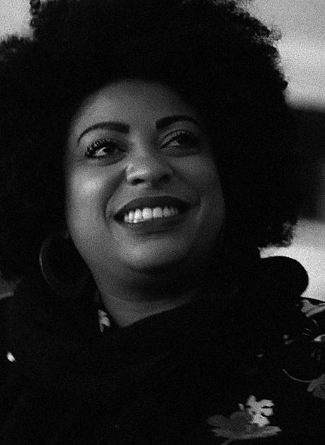 Foto em preto e branco de Preta Ferreira