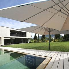 elegante Sonnenschirme für Privat und Terrasse