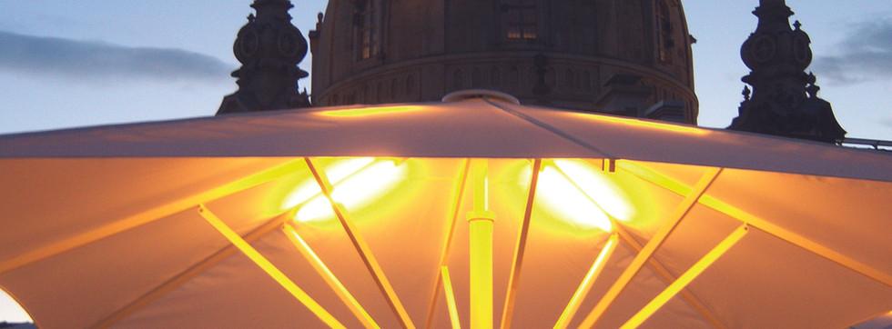 IPOMEA Sonnenschirm beleuchtet